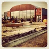 2/17/2013 tarihinde geheimtip ʞ.ziyaretçi tarafından Pllek'de çekilen fotoğraf