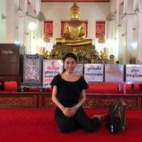 Foto tomada en พระบรมสารีริกธาตุ วัดพระศรีมหาธาติ por Ying 789 P. el 5/22/2018