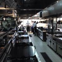 Photo taken at Okan Universitesi Gastronomi Bölümü Mutfak Sanatları Merkezi by Ozdemir I. on 10/1/2014
