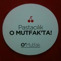Photo taken at Okan Universitesi Gastronomi Bölümü Mutfak Sanatları Merkezi by Ozdemir I. on 2/8/2013