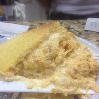 Foto tirada no(a) Casa do Pastel por Felipe S. em 6/25/2012