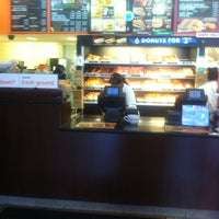 Photo taken at Dunkin' Donuts by Paris P. on 7/19/2011