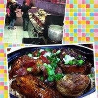 Photo taken at Huen Kee Claypot Chicken Rice by Chia Wen on 6/29/2013