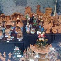 Foto scattata a B.F. Ceramiche Artistiche da Erich P. il 12/22/2012