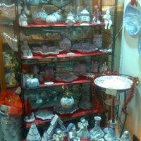 Foto scattata a B.F. Ceramiche Artistiche da Erich P. il 12/6/2012
