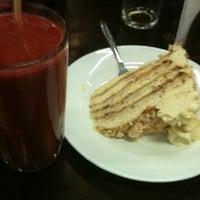 Foto tomada en Coffee & Choc por Daniela A. el 12/7/2012
