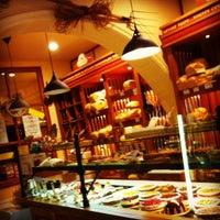 Photo prise au Boulangerie Gavilan par David A. le9/29/2012