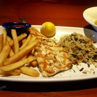 Photo taken at Red Lobster by Elham J. on 3/28/2017