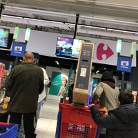 Photo taken at Carrefour hypermarkt by Dirk D. on 3/28/2018