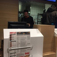 Photo taken at Pizza Hut Delivery by Dirk D. on 11/28/2017