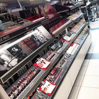 Photo taken at SEPHORA by Alison S. on 6/10/2015