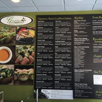 Photo taken at Giardino Gourmet Salads by kenden on 6/24/2016