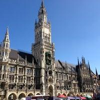Das Foto wurde bei Marienplatz von Mete am 3/16/2013 aufgenommen