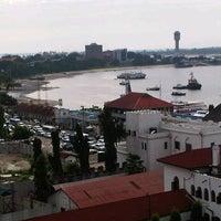 Foto tomada en Harbour View Hotel por Yasser M. el 5/7/2013
