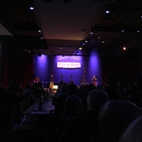 Foto tirada no(a) City Winery por Matt L. em 1/19/2018