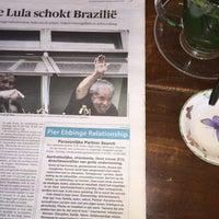 Foto tirada no(a) Brazuca Coffee por Suzanne v. em 3/5/2016