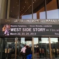 Снимок сделан в Jones Hall пользователем Jessica H. 3/25/2013