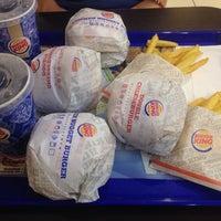 Foto scattata a Burger King Leonardo da 🐶 Stefano Andrea P. il 8/5/2014