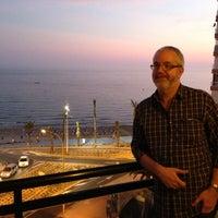 Foto tomada en Hotel RH Corona del Mar Benidorm por Sean C. el 10/7/2012
