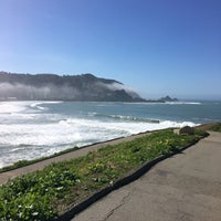 Photo taken at Linda Mar Trail To Rockaway Beach by Amy P. on 2/13/2016