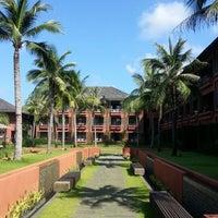 Photo taken at Hansar Samui Resort & Spa by MQkie on 3/16/2013