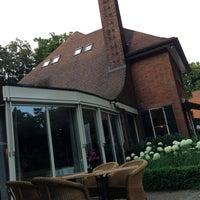 Photo taken at Auberge Du Bonheur Hotel Tilburg by Annette K. on 7/27/2013