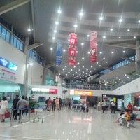 Photo taken at Chaudhary Charan Singh International Airport (LKO) by Akshay T. on 5/28/2013