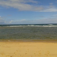 Photo taken at Praia do Pirui by Maurício S. on 6/8/2013