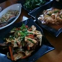 Photo taken at Juara Seafood by Lily Z. on 3/31/2017
