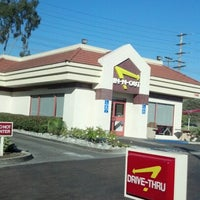 Photo taken at In-N-Out Burger by Kim G. on 1/18/2013