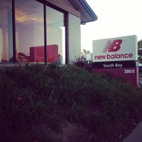 Photo taken at New Balance by Tob P. on 8/14/2014