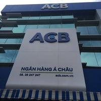 Photo taken at ACB Sư Vạn Hạnh by Tuấn L. on 1/24/2017