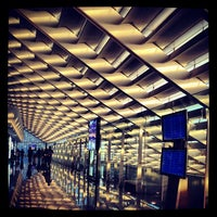 Photo taken at Taiwan Taoyuan International Airport (TPE) by Chow Q. on 6/1/2013