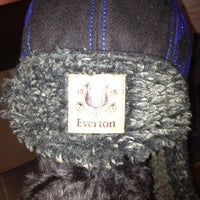 10/27/2012에 Elina H.님이 Everton Two Official Club Store에서 찍은 사진
