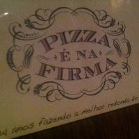 Foto tirada no(a) A Firma Pizzas por Thiago G. em 1/13/2013