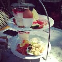 Das Foto wurde bei Café Einstein Stammhaus von Rebekka B. am 5/5/2013 aufgenommen