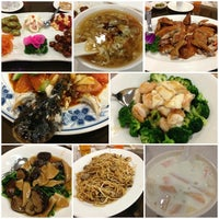 Photo taken at Boon Lay Raja Restaurant 文苑楼 by HweeYi C. on 7/26/2014