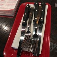 Photo taken at Red Robin Gourmet Burgers by Tim L. on 12/11/2017