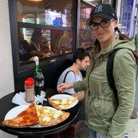Das Foto wurde bei Joe's Pizza von Jiří V. am 10/8/2018 aufgenommen
