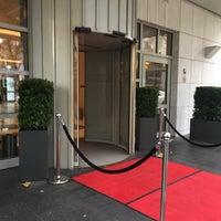 Das Foto wurde bei Steigenberger Hotel Köln von Artemiy N. am 11/23/2017 aufgenommen