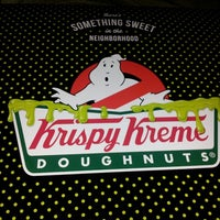 Photo taken at Krispy Kreme Doughnuts by Jon H. on 10/4/2014