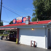 Photo taken at White Turkey Drive-In by Tatsuro N. on 7/5/2014