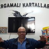 Photo taken at Bergama Beşiktaş'lılar derneği lokali by Turkay E. on 4/2/2014