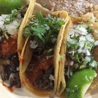Photo taken at Tacos Ernesto by Salvatore G. on 11/22/2014