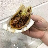 Foto scattata a Los Tacos No. 1 da Muse4Fun il 10/15/2018
