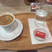Photo taken at İstanbul Cafe & Fastfood by Emrah Ç. on 1/26/2018