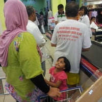 Photo taken at Tesco Extra by Aezi A. on 11/18/2012