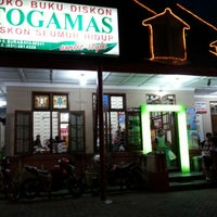 Photo taken at Togamas Bookstore by Win S. on 12/2/2012