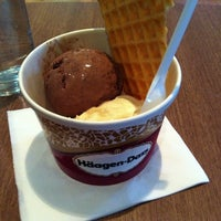 Photo taken at Haagen Dazs by  Rooney D. on 9/10/2013