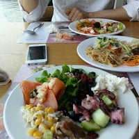 Photo taken at 애슐리 (Ashley) by Lucy K. on 7/4/2015